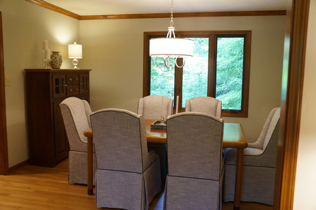 Inspiration for a transitional home design remodel in Indianapolis