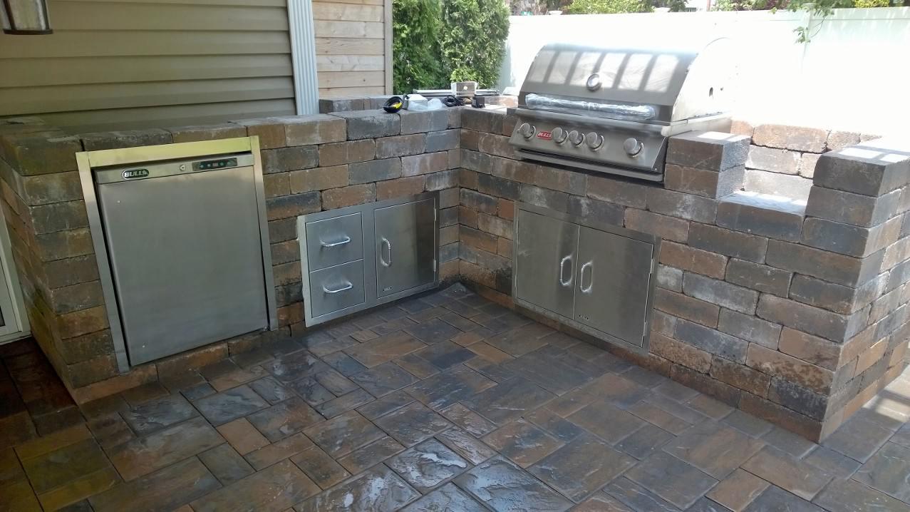 Custom Outdoor Kitchens