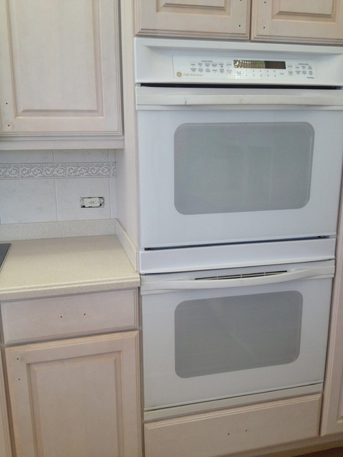 brown painted kitchen cabinets with white appliances what white paint for kitchen cabinets with white appliances 111