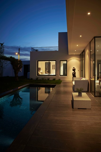 villa biarritz. Black Bedroom Furniture Sets. Home Design Ideas