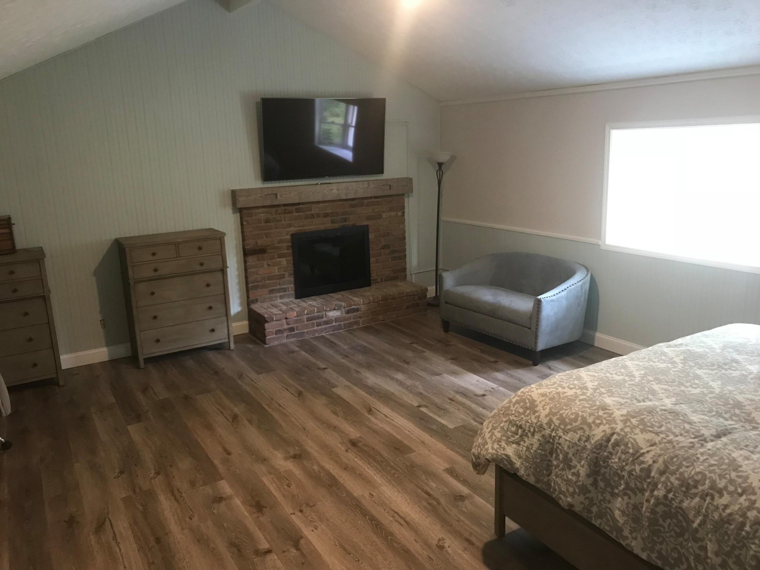 Bedroom & Entry Design