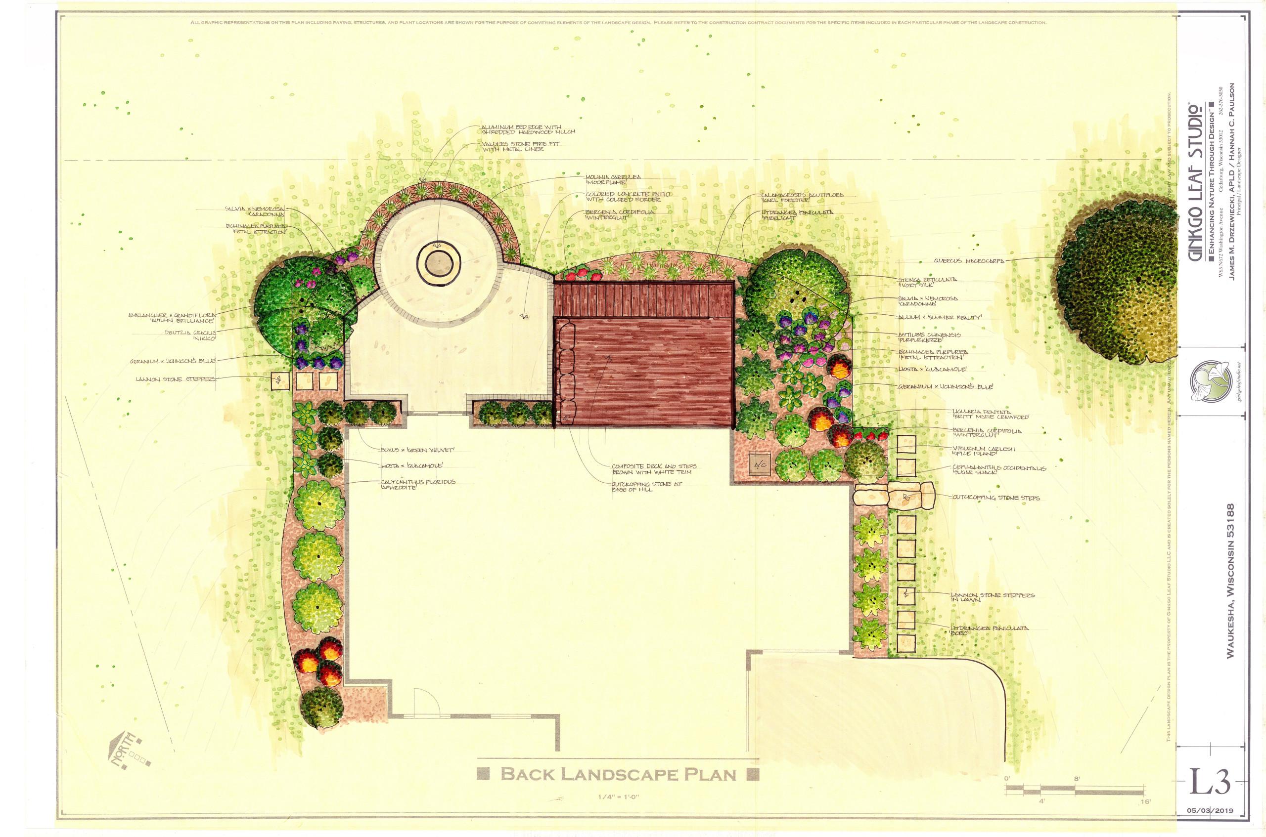Transitional Backyard Landscape - Waukesha