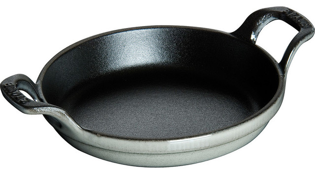 Staub Round Cast Iron Roasting Dish, Black Matte, 0.75 Quart.