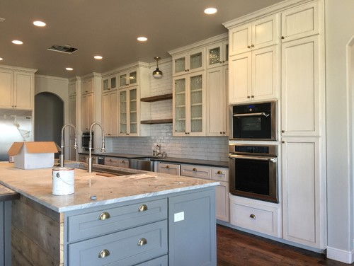 Attractive Ivory Cabinets With White Backsplash??