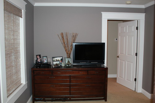... The Windows 3) Something Between The 2 Windows Alone The Right Side Of  The Room 4) Decor For The Top Of The Dresser And Wall Decor Above The  Dresser/tv.