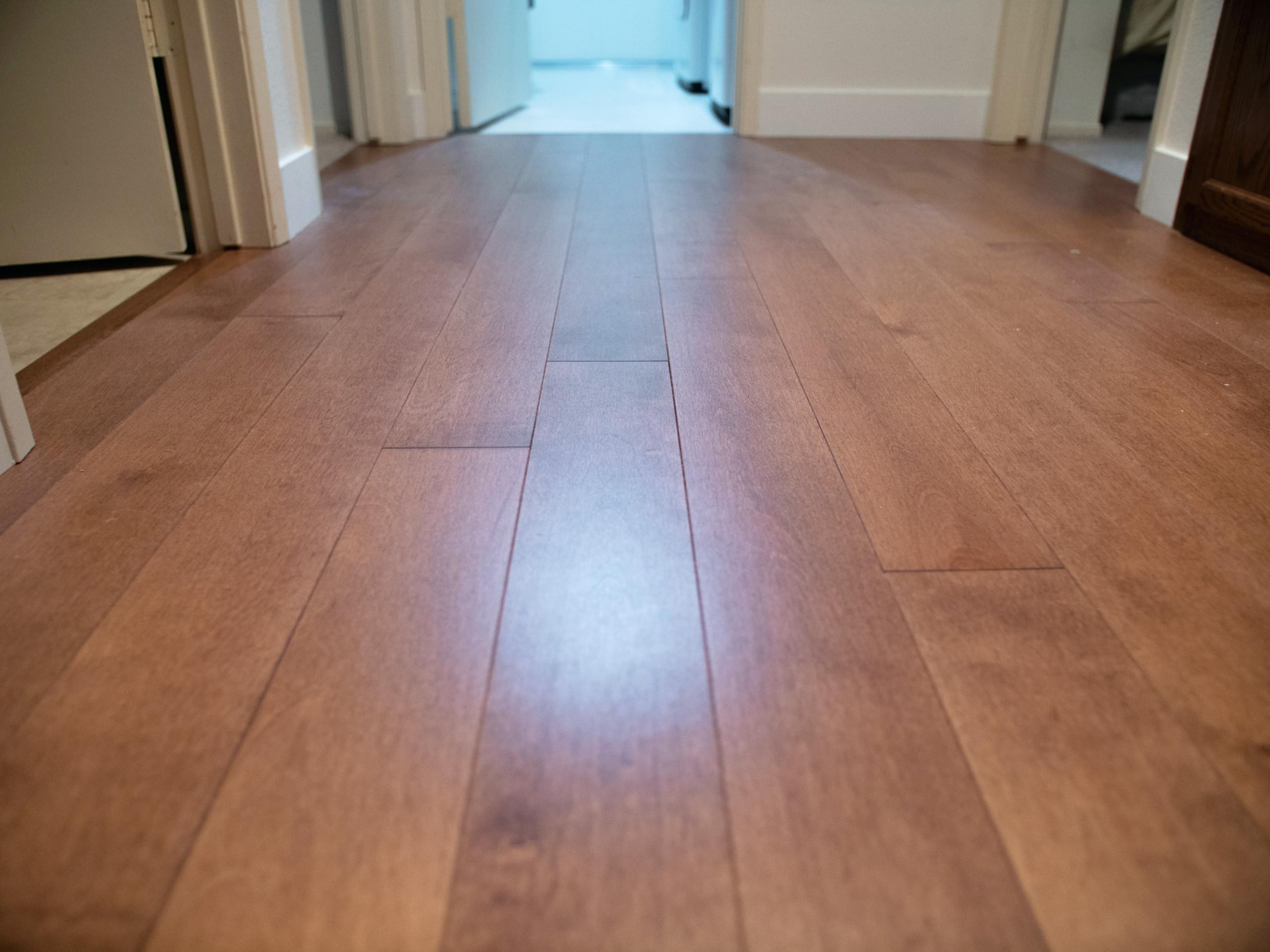 Medium Hardwood Details