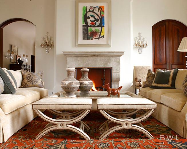 Elegant home design photo in Atlanta