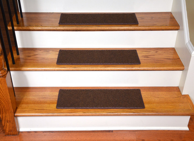 Indoor Or Outdoor Non Slip Carpet Stair Treads Set Of 15 Brown