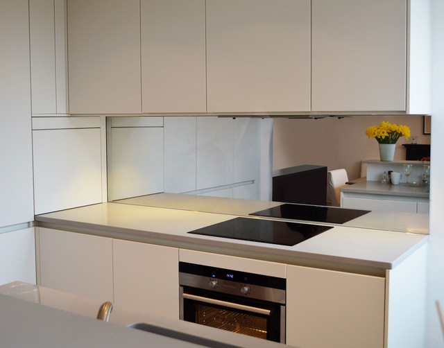 Toughened Mirror Kitchen Splashback Modern London By