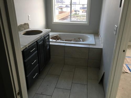 Foyer Tile Direction : Tile changes direction at tub?