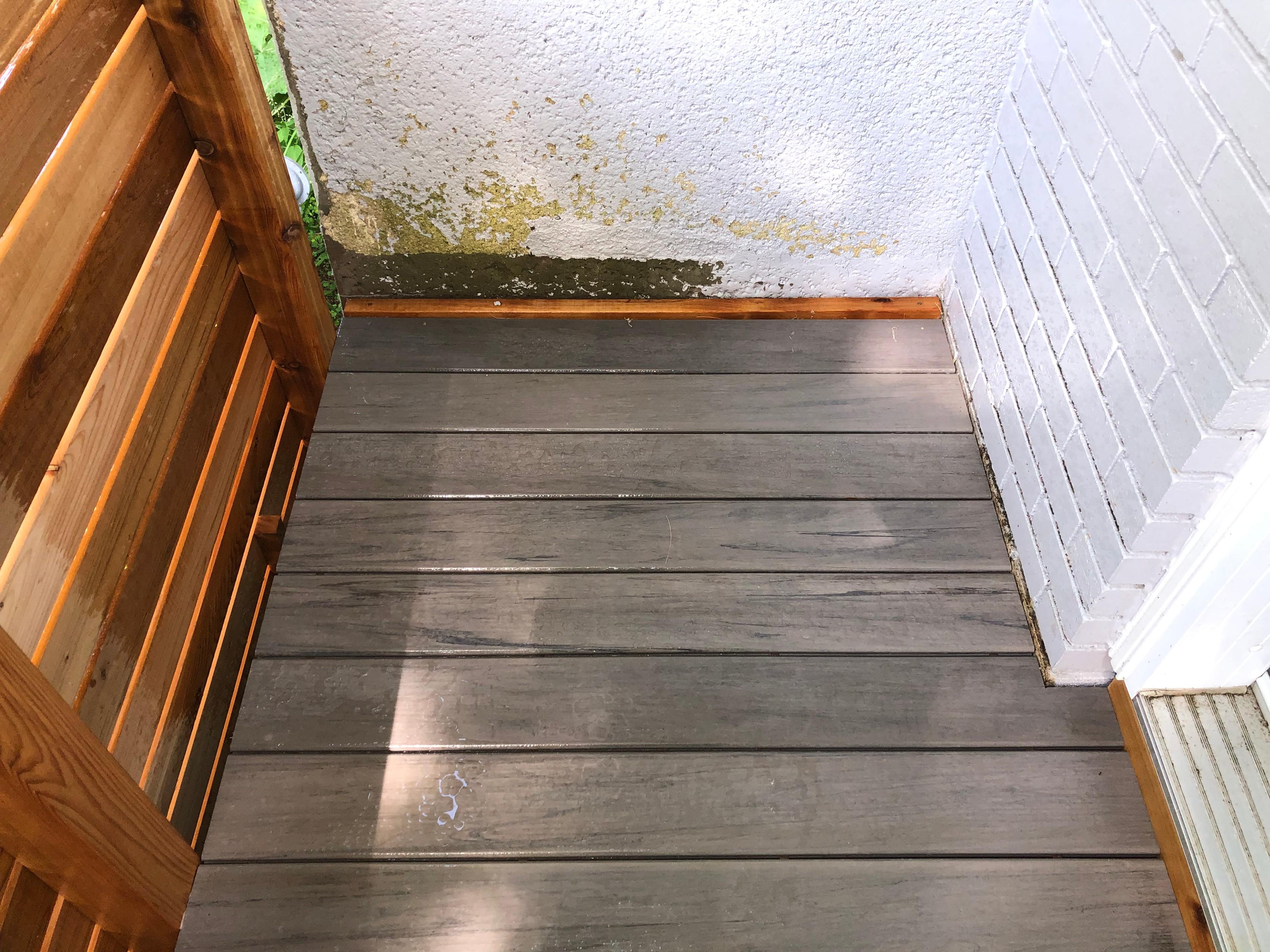AZEK: Ashwood composite & cedar