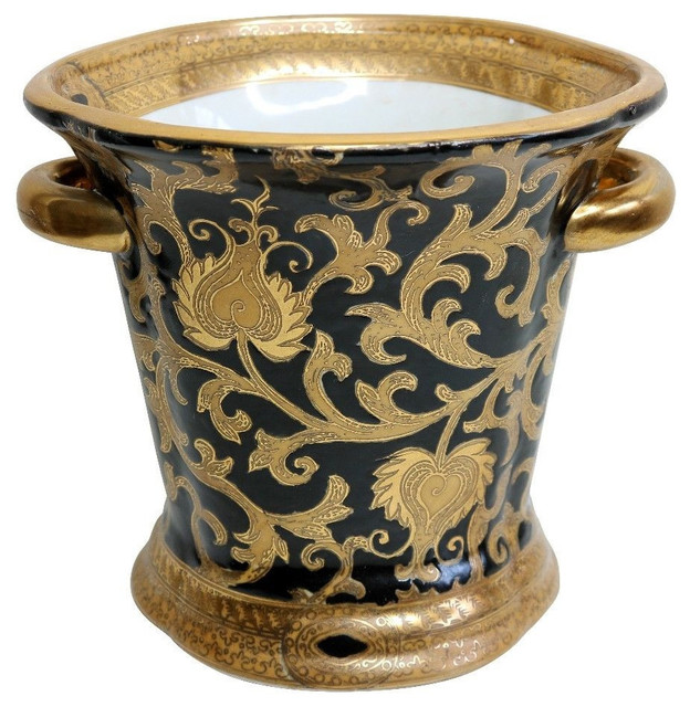 She hot, black and gold asian style vase Jasmine could