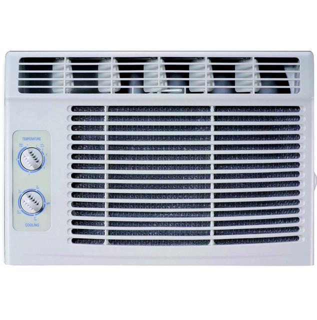 5,000 Btu 115v Window Air Conditioner With Mechanical Controls.