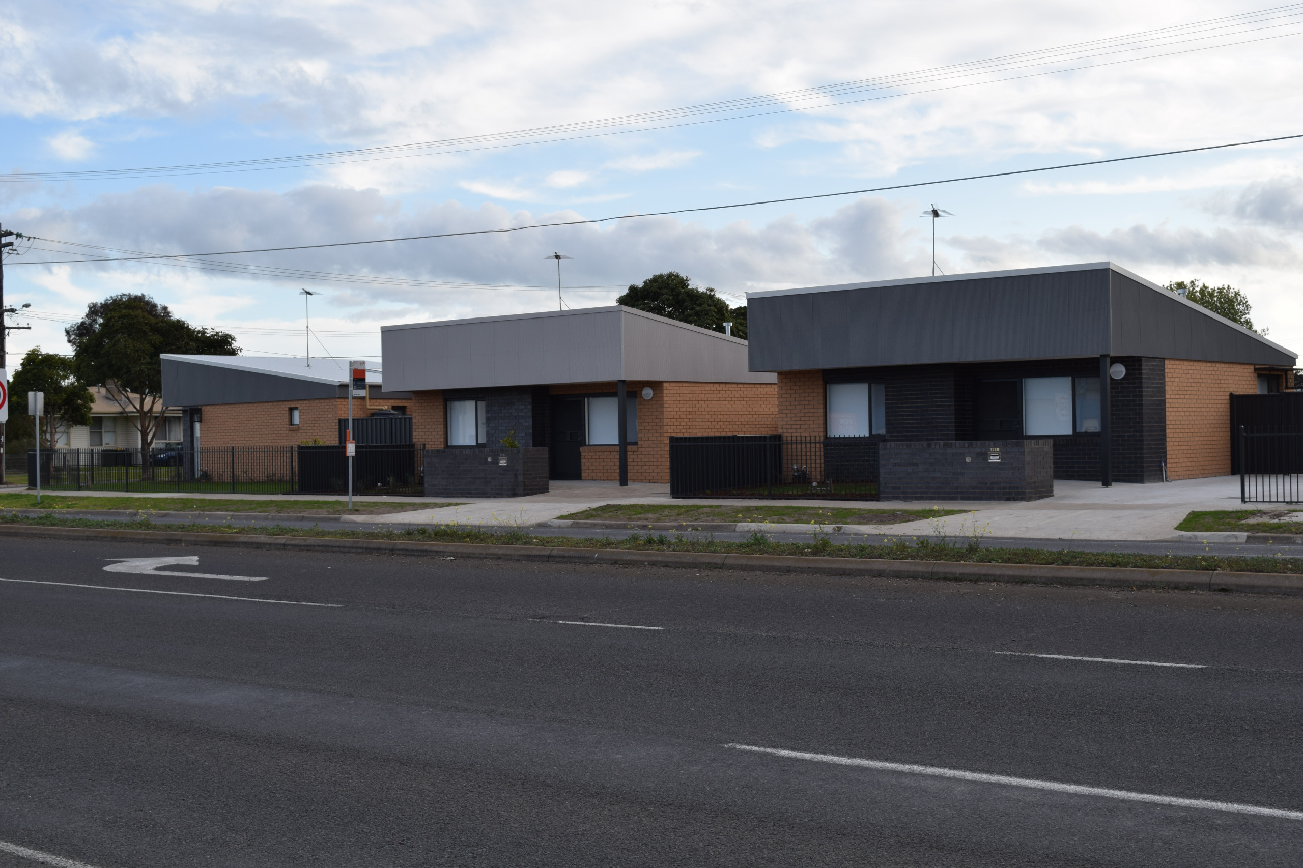 DHHS  -  GEELONG UNITS 02