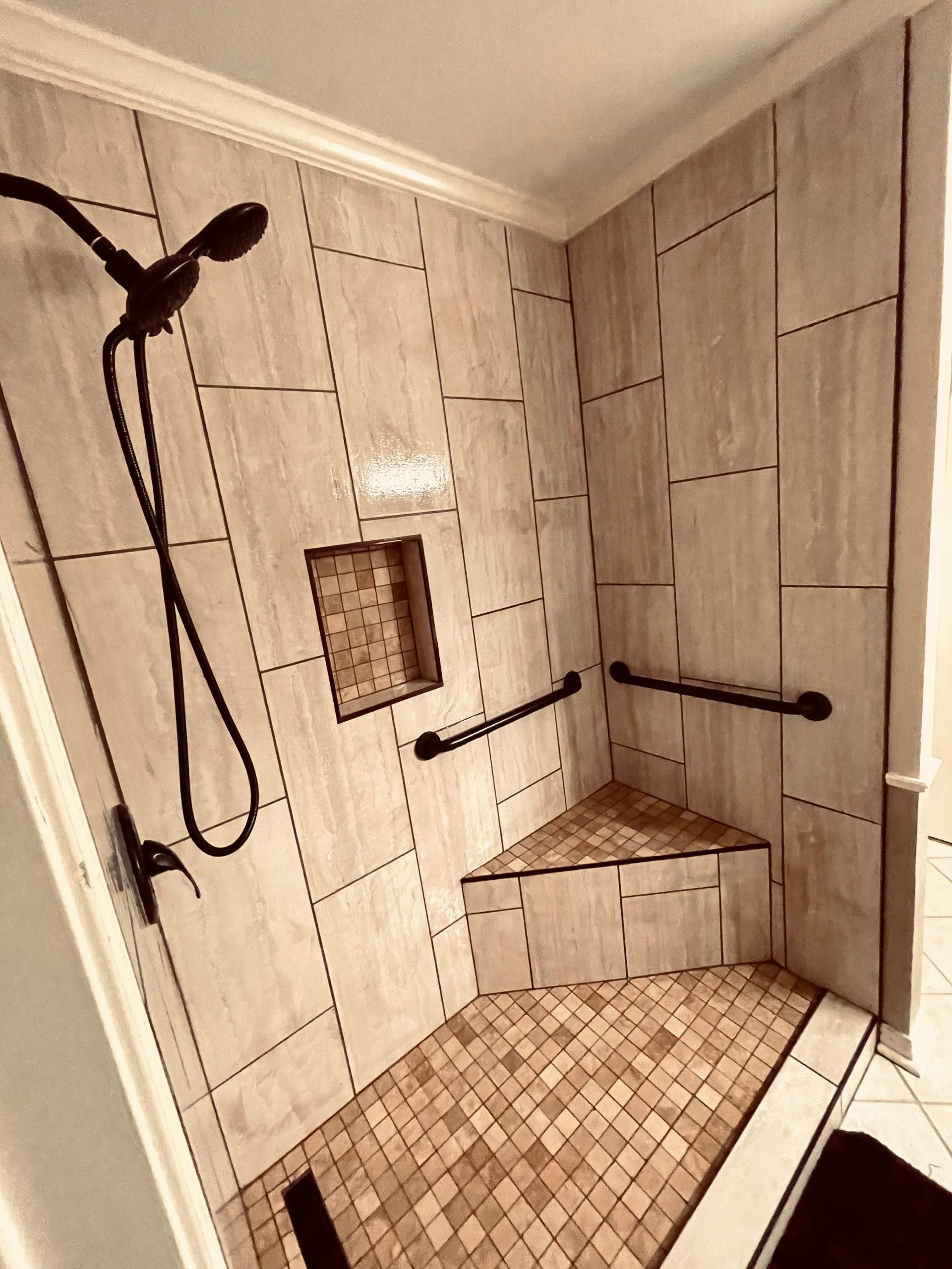Circle C Shower