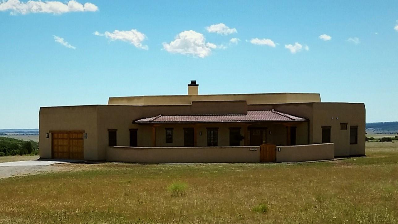 Loga Vistas - Santa Fe style home