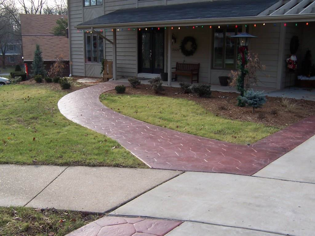 Des Peres, Missouri stamped concrete walkway and driveway borders