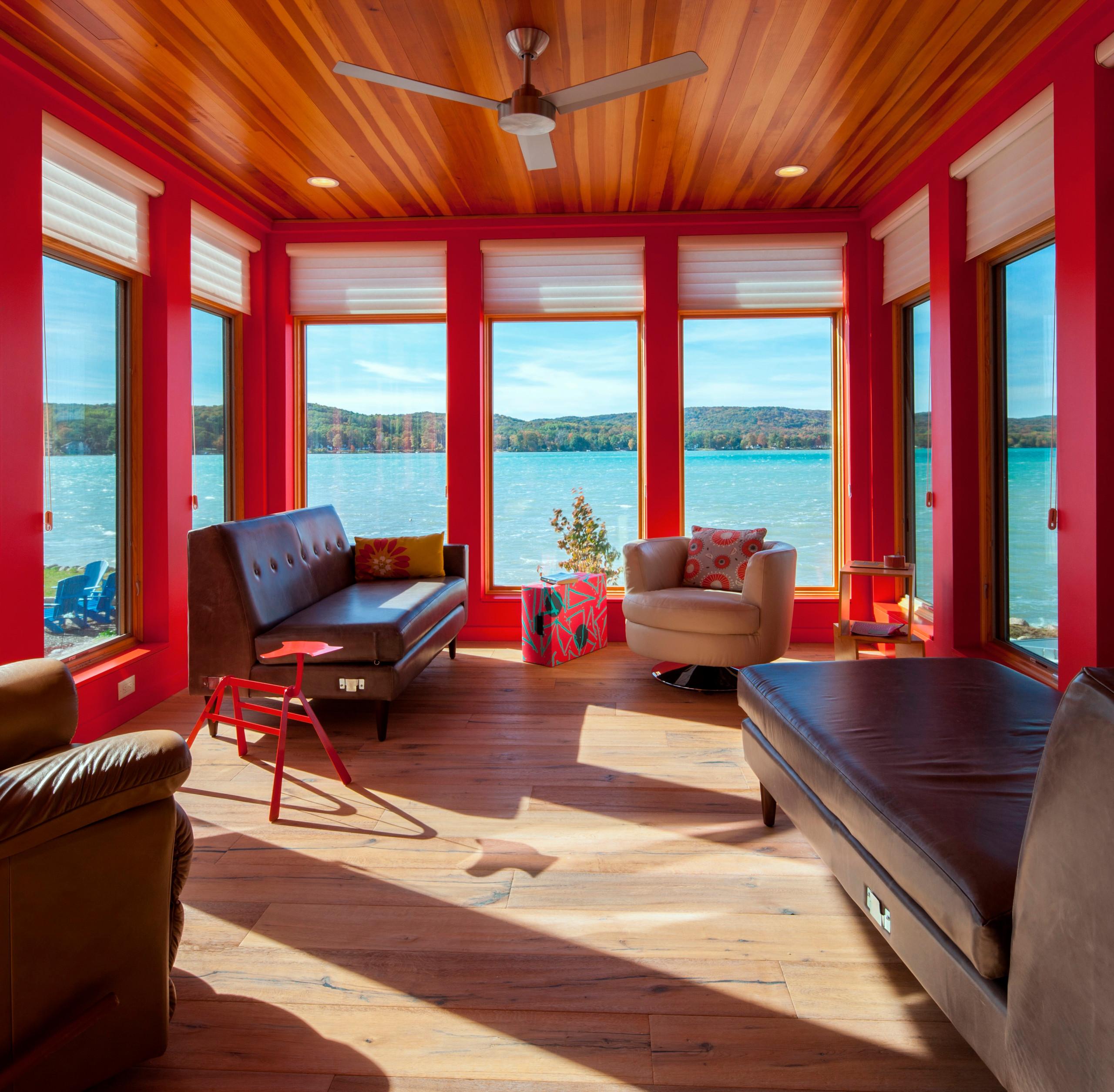 Modern Waterfront Getaway