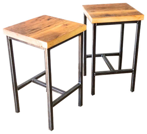 Reclaimed Wood Pine Barn Bar Stool Steel Base Seat Height 25