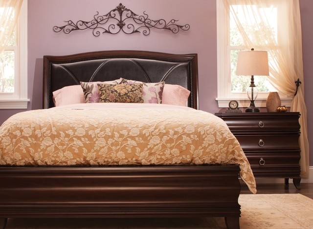 Queen Platform Look Bedroom Set Transitional Bedroom