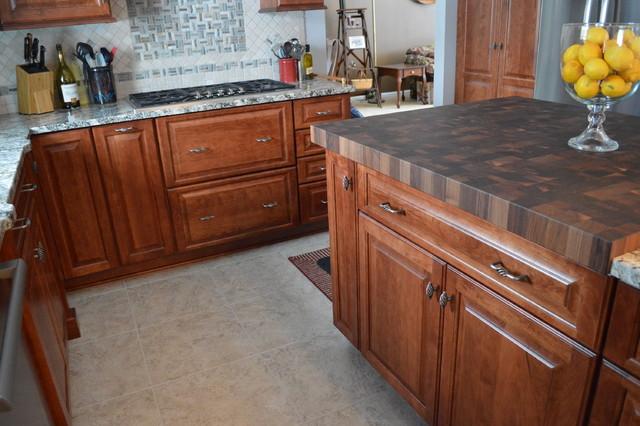 Kitchen remodel aurora traditional kitchen cleveland by studio 76 kitchens and baths Kitchen design and remodeling aurora