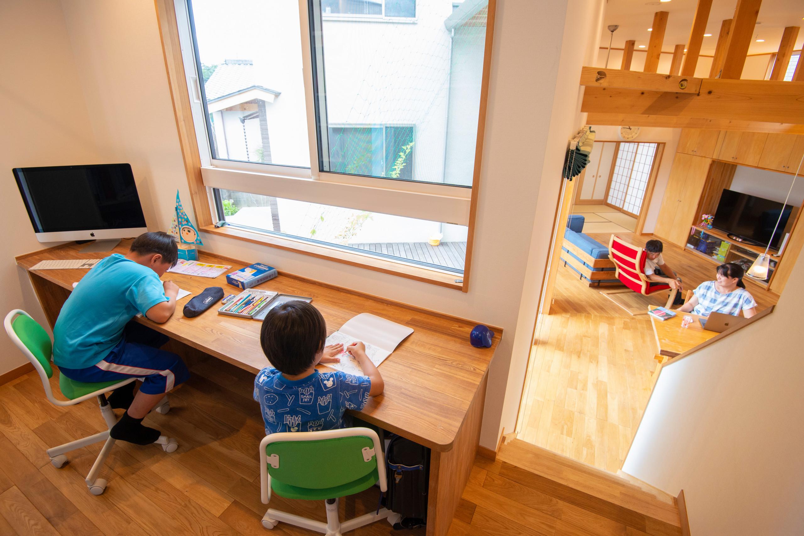 新生駒台の家 建築家自邸のスタディスペース