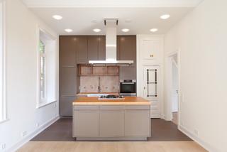 oldtimer mit elbblick modern hamburg von snap. Black Bedroom Furniture Sets. Home Design Ideas