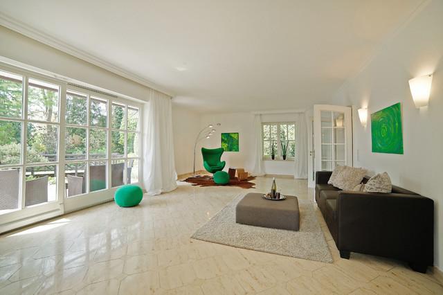 villa in m nchner vorort. Black Bedroom Furniture Sets. Home Design Ideas