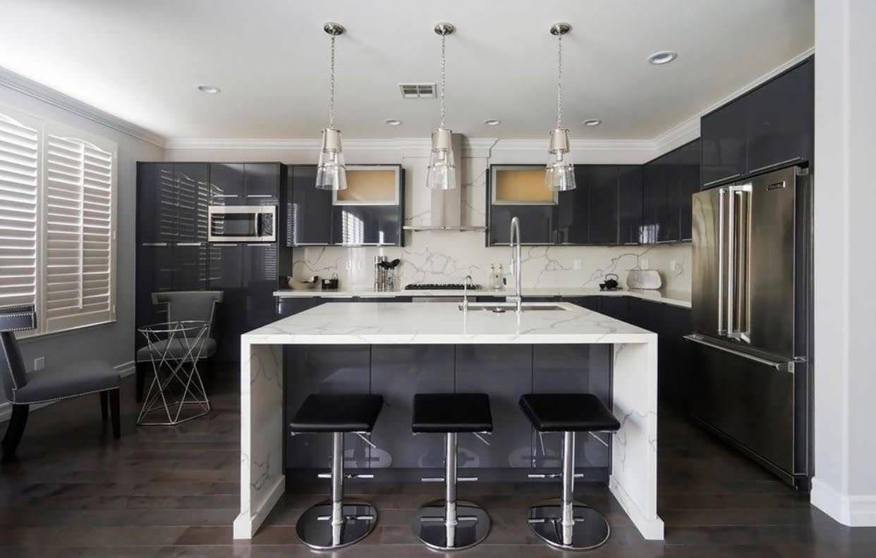 New kitchen in Sherman Oaks