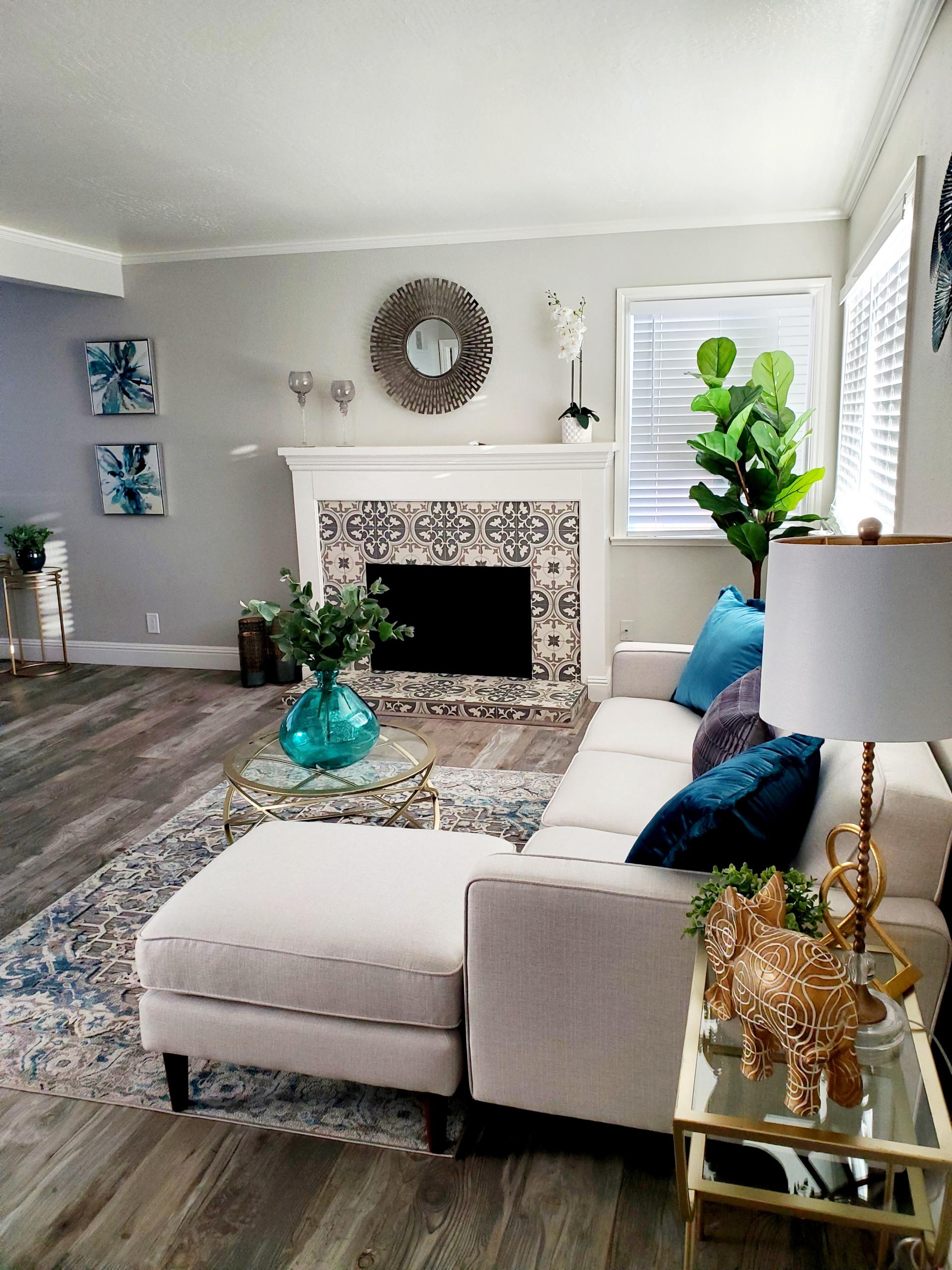 Living room-Ehle.jpg