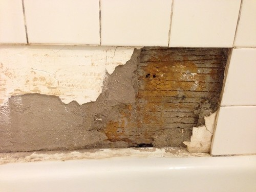 Repairing Bathroom Plaster for Tiling