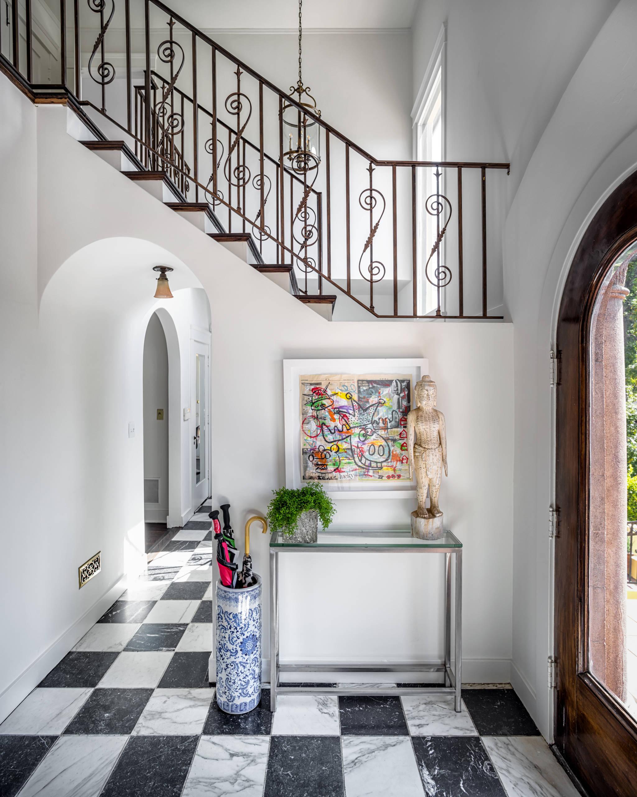 Villa Maria- Staging