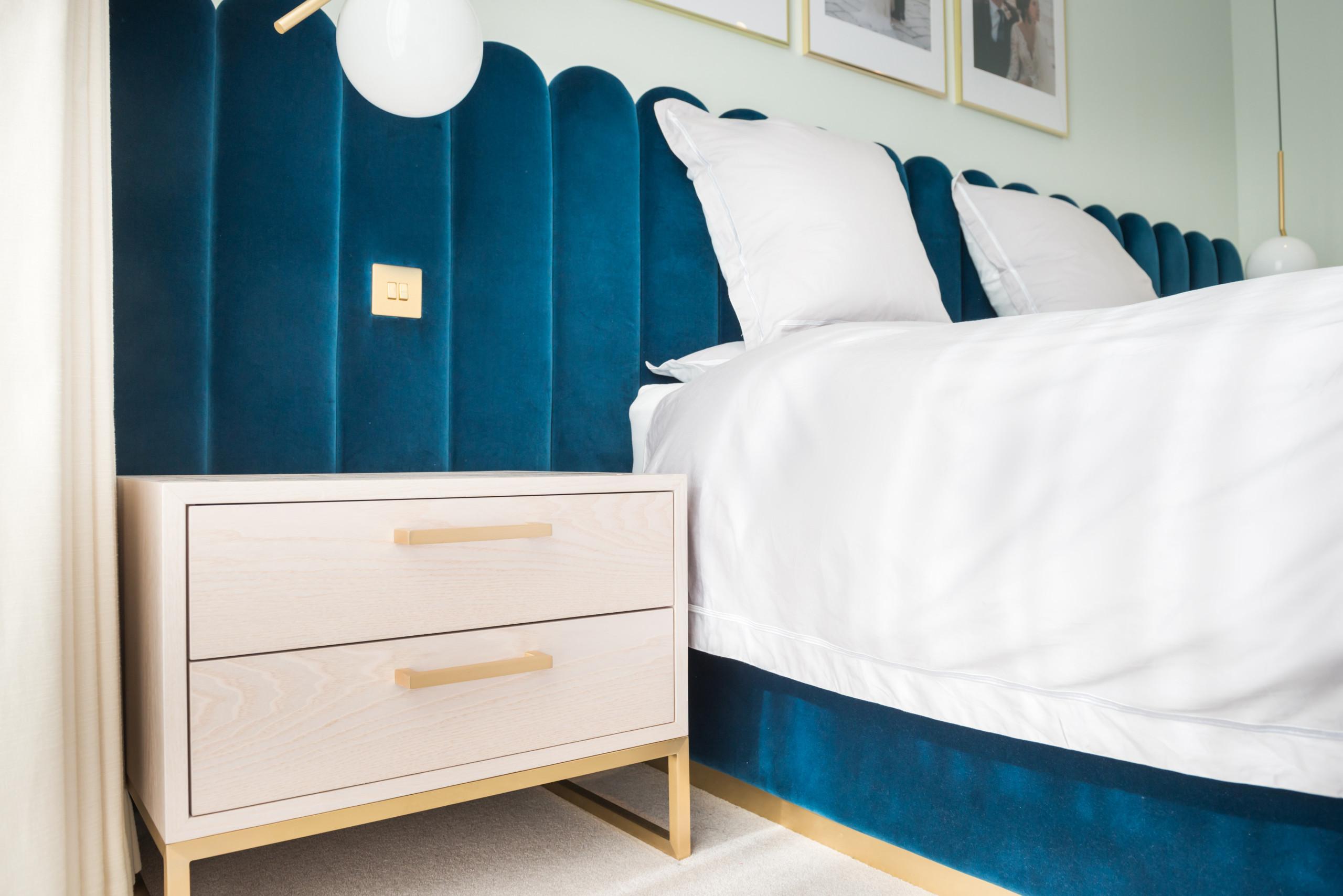 Elegant bedroom details