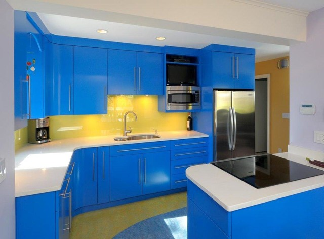 Vivid Bright Colors: Kitchen And Laundry Room Contemporary