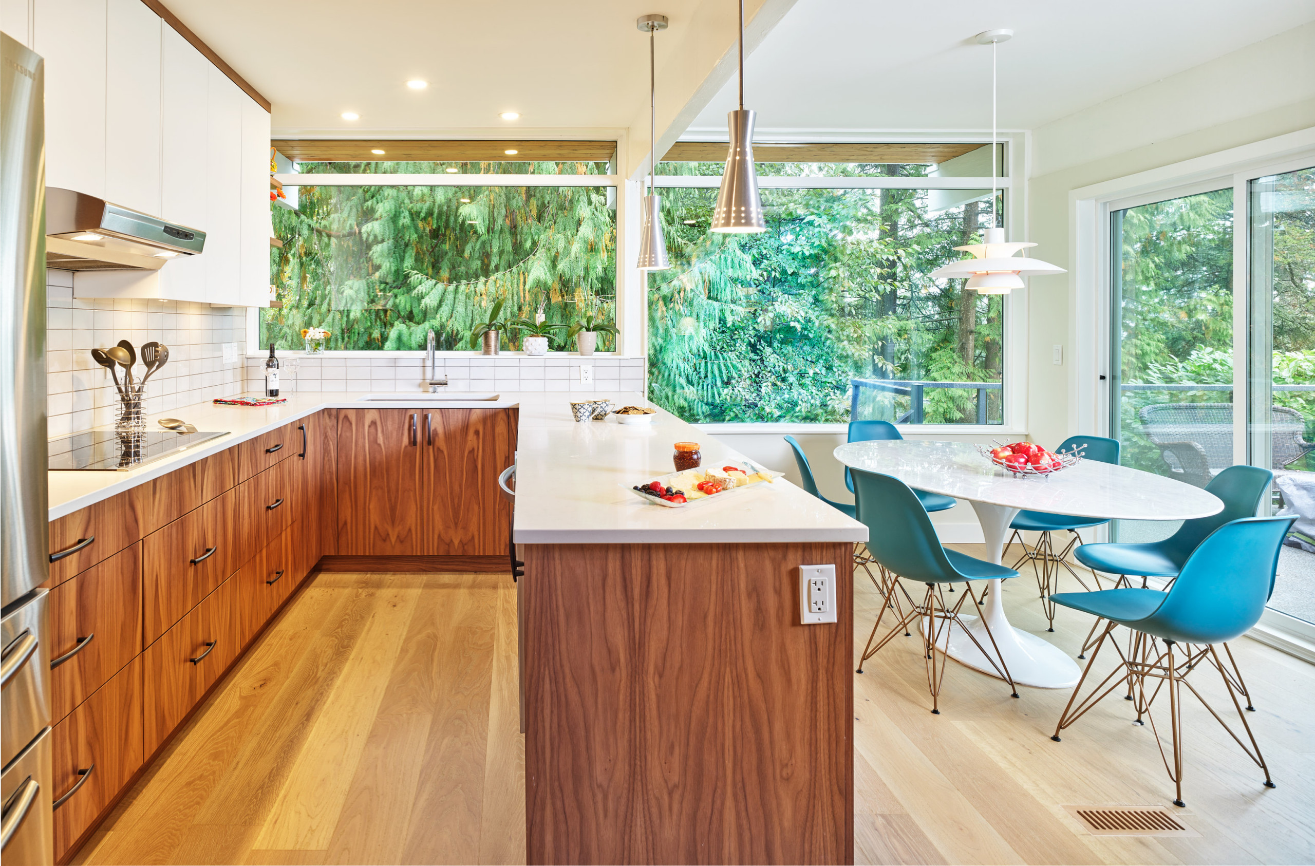 North Vancouver 1950's Post and Beam Renovation