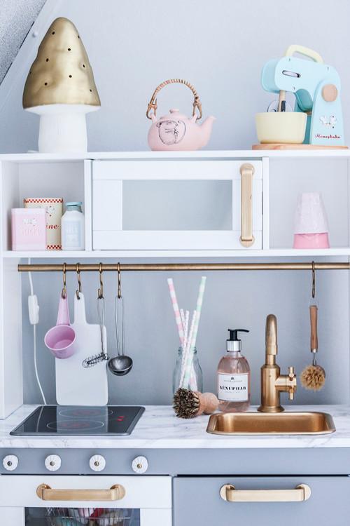 Ikea Kinderküche pimpen: Die besten Ikea-Hacks für kleine ...