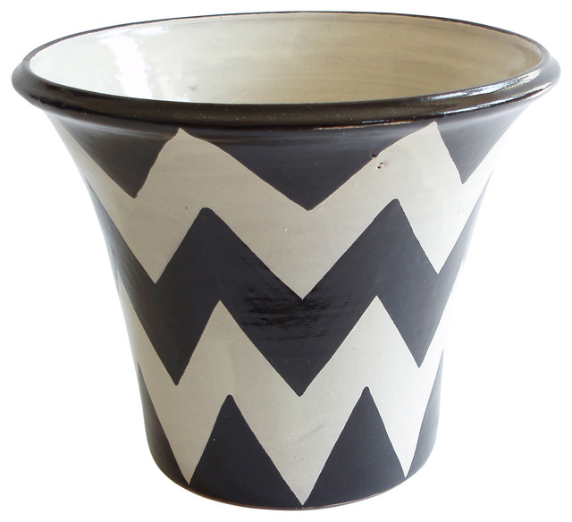 Zigzag planter contemporary outdoor pots and planters by zigzag planter blackwhite mightylinksfo