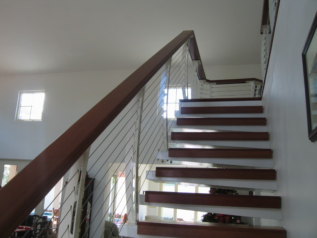 White Interior Cable Railing On Cantilever Stairs   Contemporary .