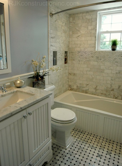 Cape cod chic bathroom traditional bathroom dc metro for Cottage bathroom ideas renovate