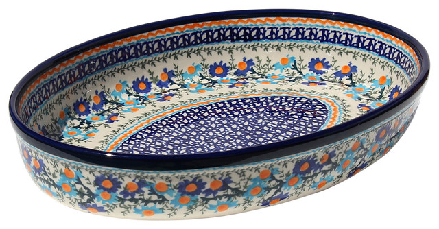 Polish Pottery Oval Baker, Pattern Number: Du157.