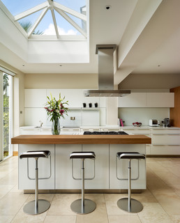 Contemporary townhouse - London - by bulthaup by Kitchen Architecture