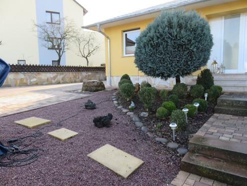mediterraner vorgarten mit wenigen handgriffen (vorher-nachher), Gartenarbeit ideen
