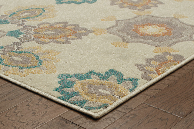 """Hermosa Indoor and Outdoor Large Scale Floral Ivory and Gray Rug, 5'3""""x7'6"""""""