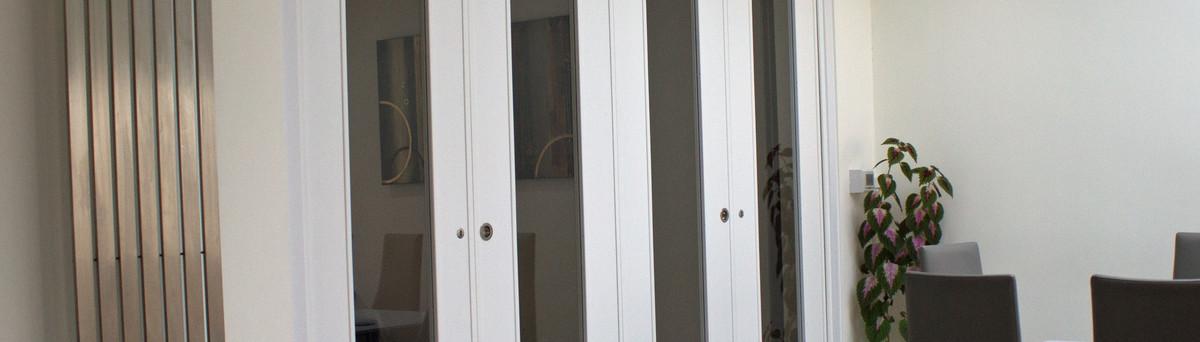& SPAZIO FOLDING DOORS - Ashford Kent UK TN30 6NH