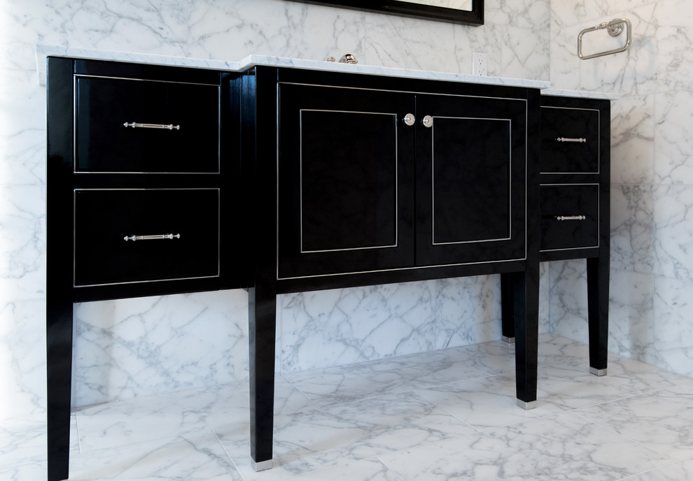 Long Island House -  Vanity and Medicine Cabinet