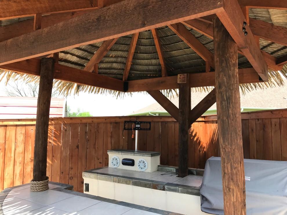 Outdoor Island Tiki Bars - Beach Style - Dallas - by MTR ...