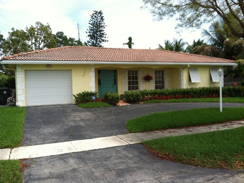 Exterior paint color istance on cream painting colors, cream paint color ideas, cream auto paint, cream living room colors, cream exterior home, exterior house colors, cream color paint samples, cream exterior walls, behr paint colors, cream kitchen colors, cream exterior stone, cream green colors, cream wood stain colors, cream interior paint, cream exterior houses, cream wall paint,