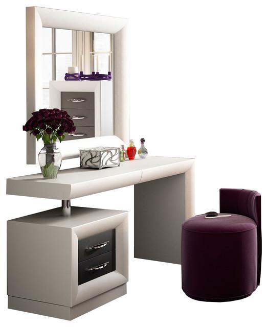 T10 Bedroom Make Up Vanity 55 Quot Contemporary Bedroom