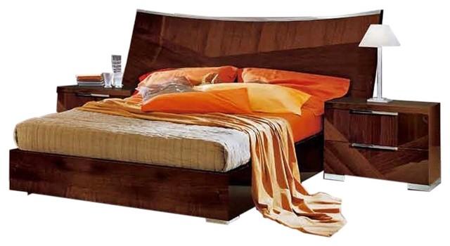 Cindy 3-Piece Bedroom Set, Walnut Lacquer, Queen