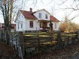 My Houzz: Una Vecchia Scuola di Legno Trasformata in Casa (18 photos) - image  on http://www.designedoo.it